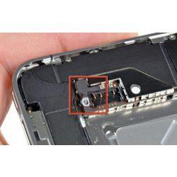 iPhone 4 Akkumulátor alaplapi csatlakozójának javítása
