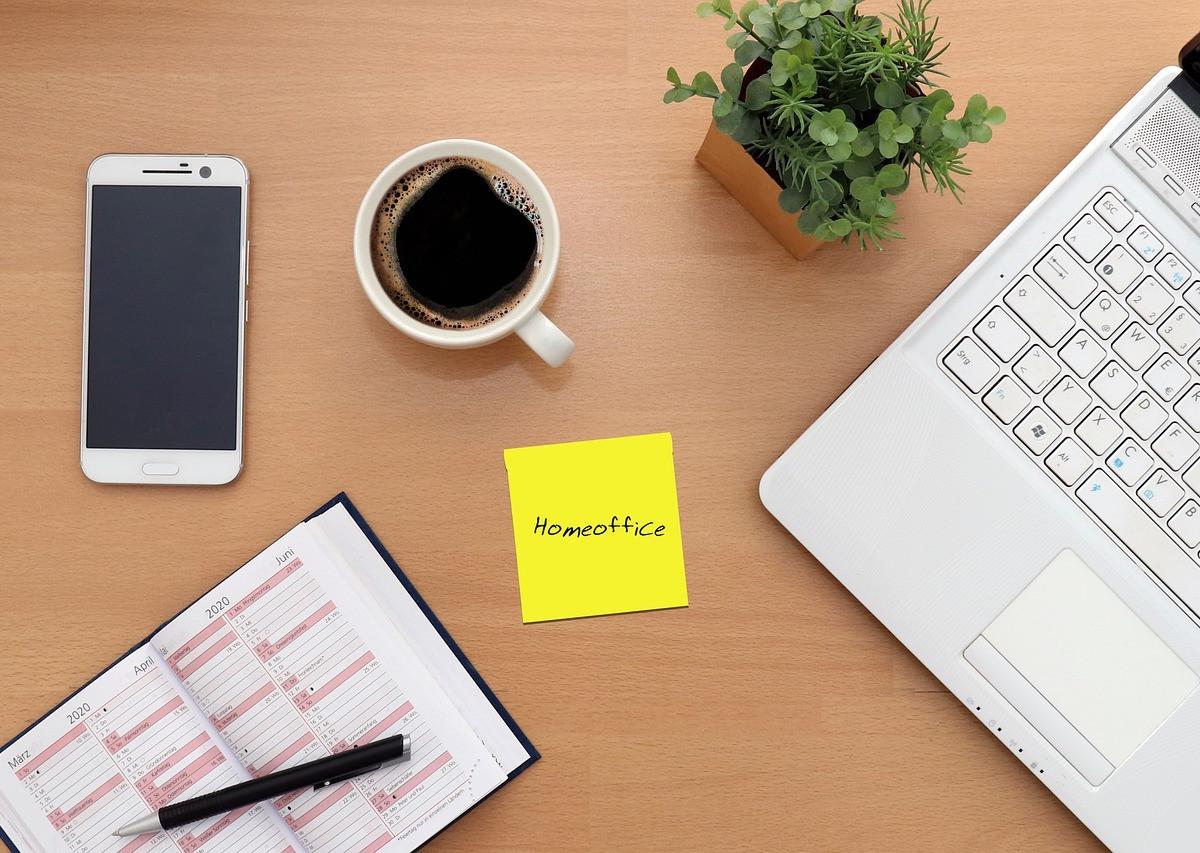 A tökéletes Home Office a megfelelő eszközöknél kezdődik